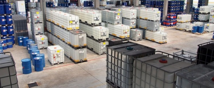 chemical-storage-629651_1280-750×475